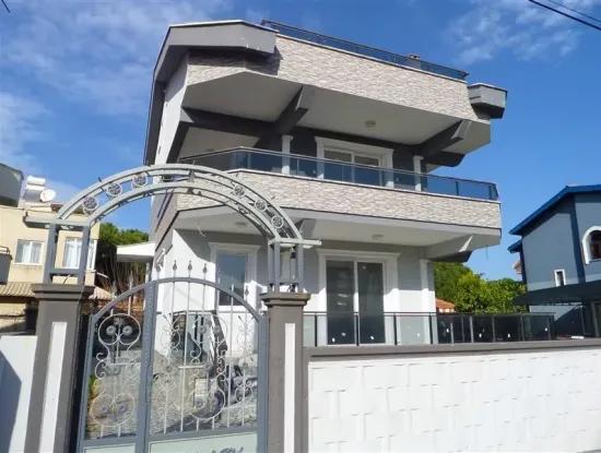 Freistehende Villa Zum Verkauf In Altinkum Didim